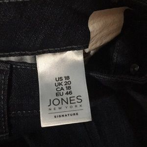 Jones New York Pants - Jones New York dark blue jeans